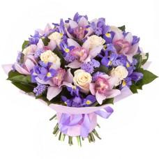 """Букет с ирисами, розой, и орхидеей """"Вечер любви"""""""